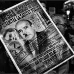 Perill!! Neoliberal al poder!! - Vecinos de Bellvitge contra del cierre del CAP de Rambla Marina - Barcelona