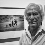 """Manel Armengol en su exposición """"Contactos"""" en la Galería Tagomago. Barcelona 2013."""