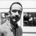 """Søren Berenguer en su exposición """"La Ciutat Encantada. Barcelona Infrarroja"""". Barcelona Visions, Barcelona, 2015. © Marcelo Aurelio"""