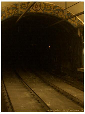 Túnel de la estación de metro Fontana, Barcelona