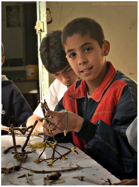 Technology - Photo Friday - Aprendiendo - Taller en el Parc de l'Hermitage - Asociación de Artistas La Source du Lion - Casablanca
