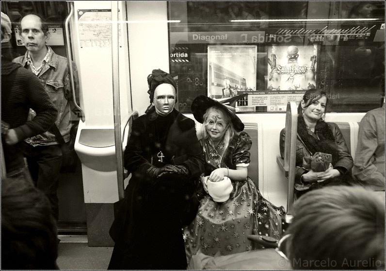 Halloween en el metro - Barcelona