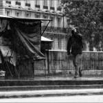 ..en París, con aguacero.  París. Francia