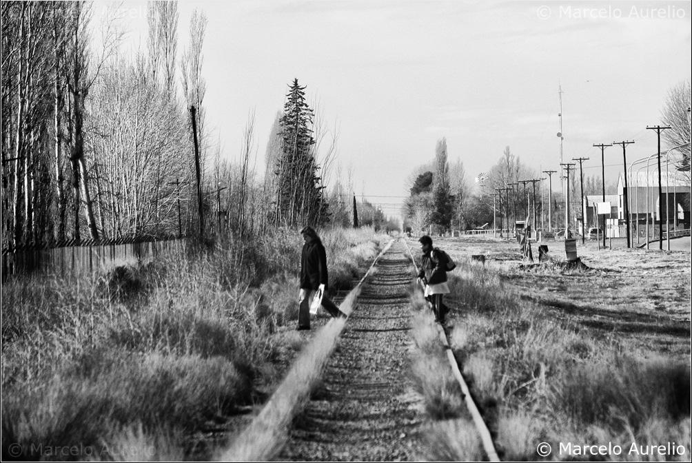 Yendo a la escuela. Plottier. Neuquén. Argentina