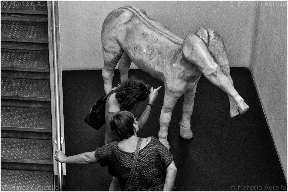 Resultado de imagen de arte moderno blanco y negro