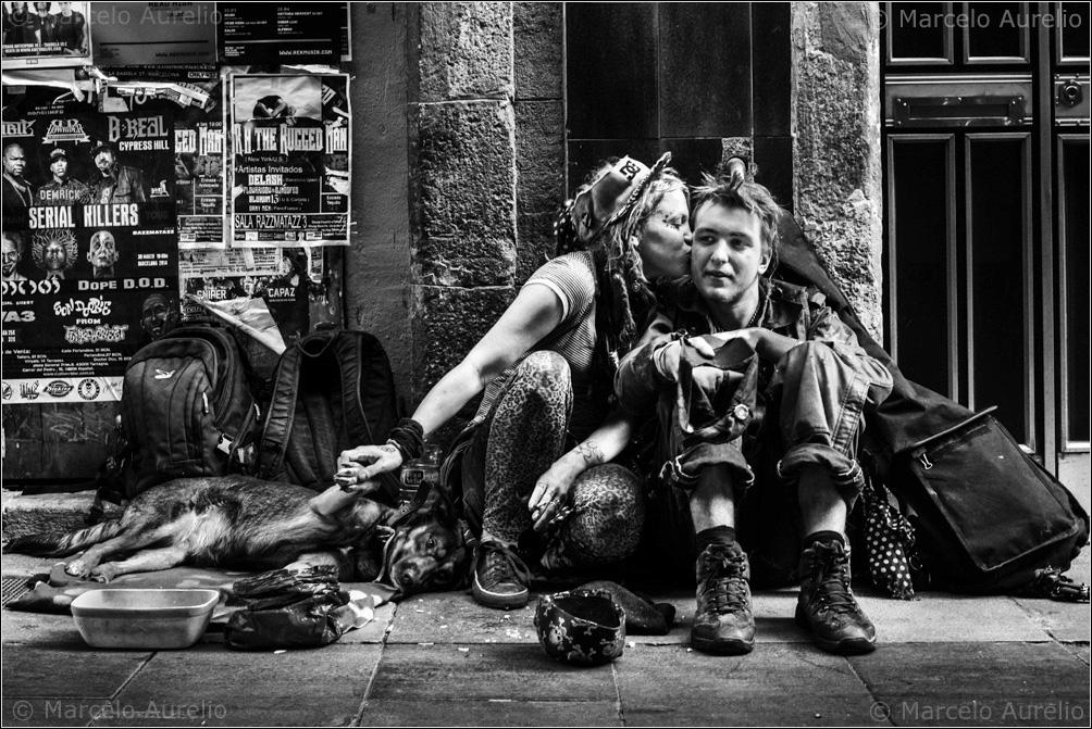 Kayla, Petaka y Shirma. Barcelona, 2014.  © Marcelo Aurelio