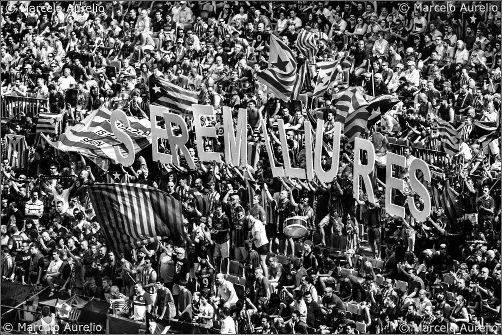 Serem lliures. Camp Nou, Barcelona, 2014. © Marcelo Aurelio