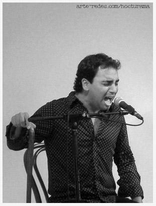 Manuel Fernández, cantante en el espectáculo flamenco SAKAI, junto con Eva Navas, bailaora y en la guitarra Antonio Zarco
