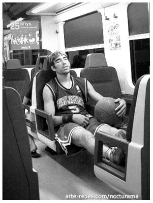 en el metro por Barcelona