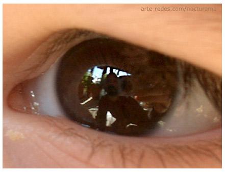 autoretrato en el ojo, qué ves cuando me ves